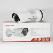 2 Мп IP видеокамера Hikvision DS-2CD2622FWD-IS (2,8-12 мм)